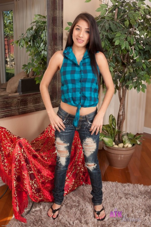 Megan Salinas in amateur gallery from ATKPETITES
