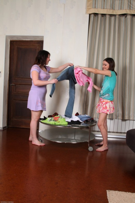 Sofia & Viki in hairy lesbians gallery from ATKPETITES