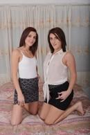 Kiera Winters & Avah Sweetz - lesbian