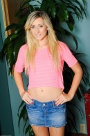 Lilly Banks - Gallery #201206