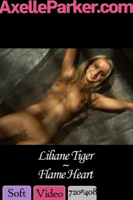 Liliane Tiger  from AXELLE PARKER