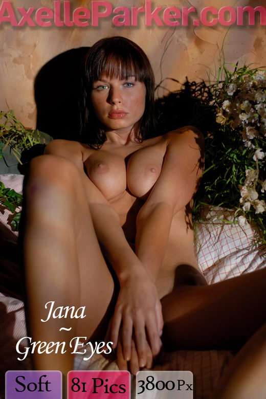 Jana - `Green Eyes` - for AXELLE PARKER