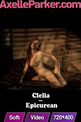 Clelia  from AXELLE PARKER