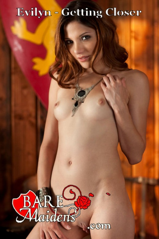 Evilyn - `Getting Closer` - for BARE MAIDENS