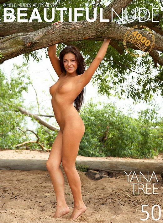 Yana - `Tree` - by Peter Janhans for BEAUTIFULNUDE