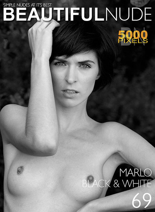 Marlo - `Issue 724 Black & White` - by Peter Janhans for BEAUTIFULNUDE
