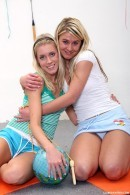 Kathy I & Lucy P - Yll 502
