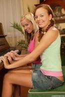 Sonya C & Esmeralda A - Yll 630