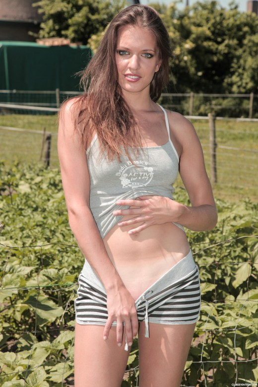 Denise M in Dutch Farmer's Daughter Naked In Budel gallery from CLUBSEVENTEEN