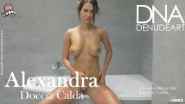 Alexandra  from DENUDEART