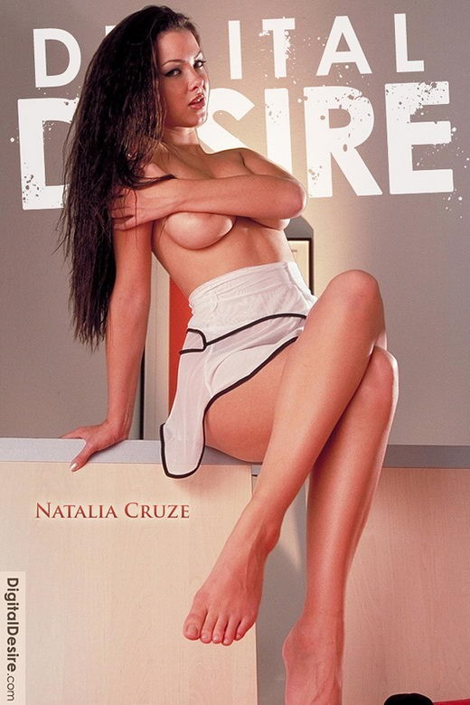 Natalia Cruze - by Stephen Hicks for DIGITALDESIRE ARCHIVES