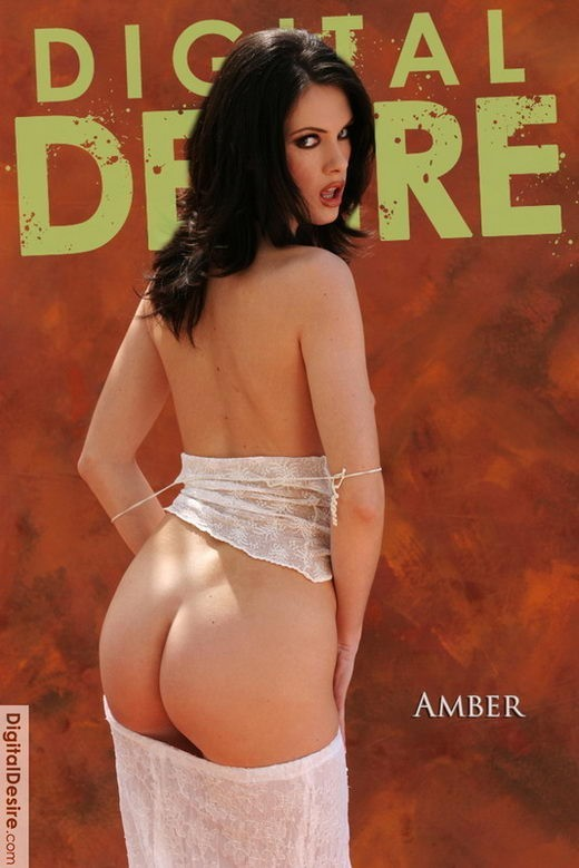 Amber - by Stephen Hicks for DIGITALDESIRE