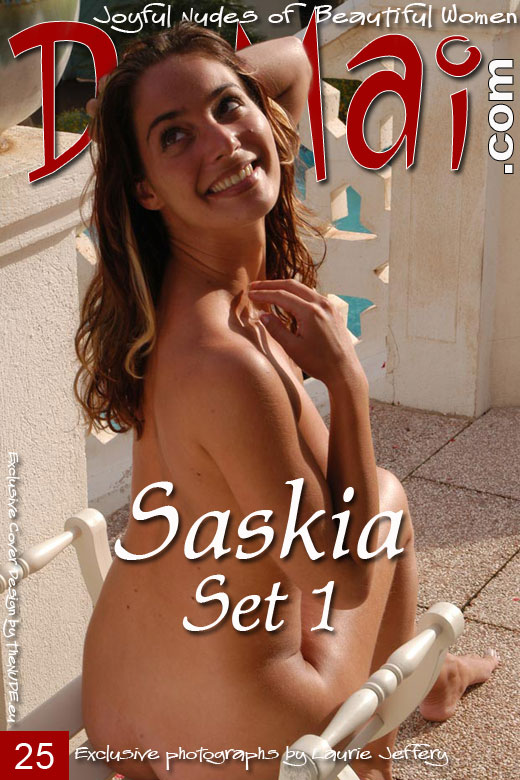 Saskia - `Set 1` - by Laurie Jeffery for DOMAI