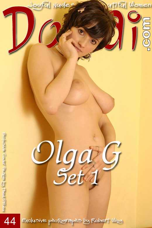 Olga G - `Set 1` - by Robert Wing for DOMAI