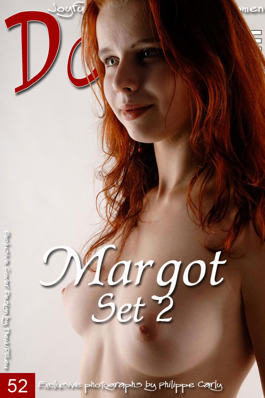 Margot - `Set 2` - by Philippe Carly for DOMAI