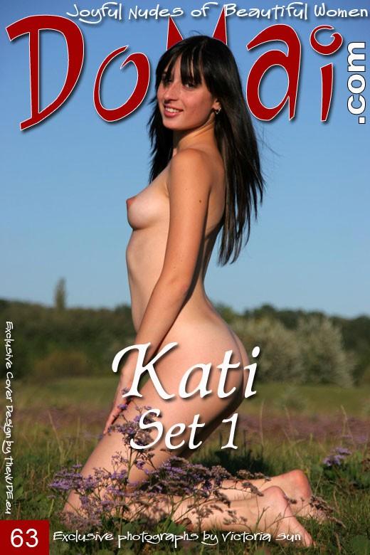 Kati - `Set 1` - by Viktoria Sun for DOMAI