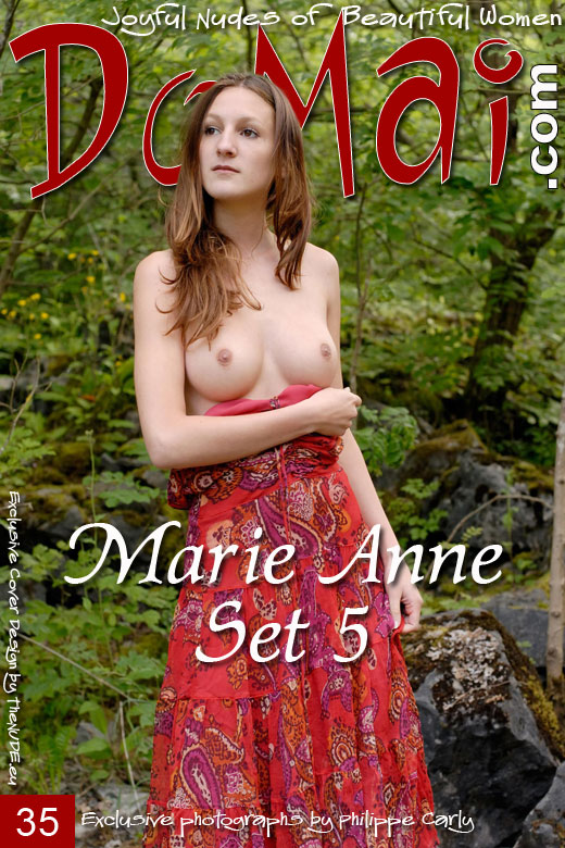 Marie Anne - `Set 5` - by Philippe Carly for DOMAI