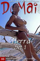 Tierra in Set 1 gallery from DOMAI by David Michaels
