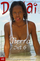 Tierra in Set 6 gallery from DOMAI by David Michaels