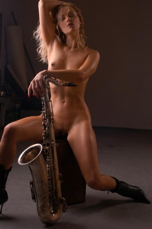 Porn neud sax, sec boys nudity