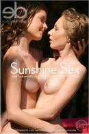 Janet A & Nicole A - Sunshine Sex