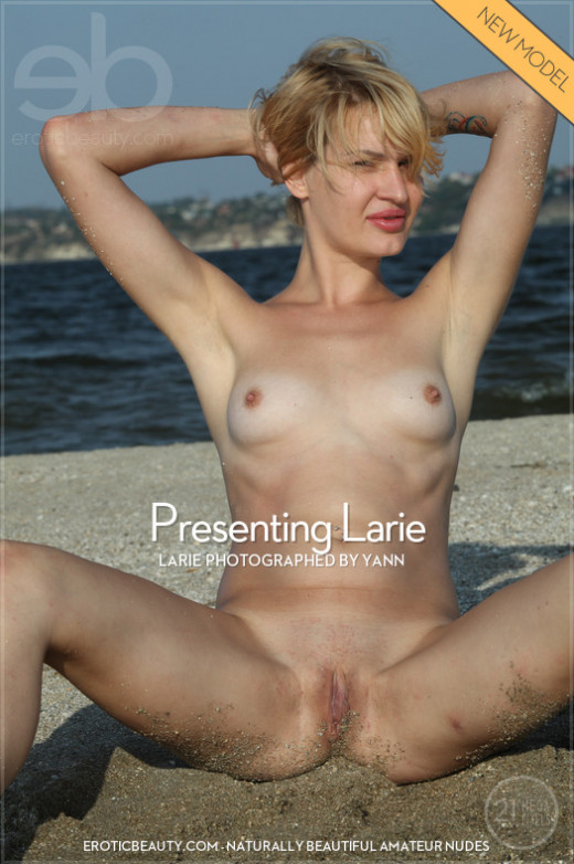 Presenting Larie gallery from EROTICBEAUTY by Yann
