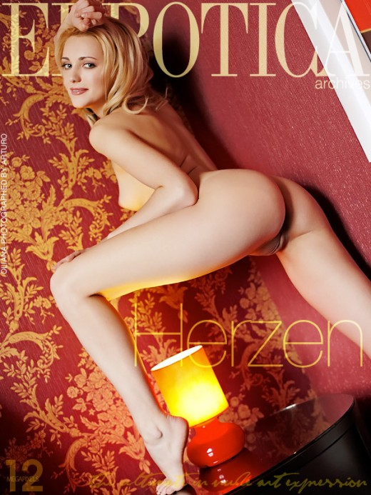 Oliana - `Herzen` - by Arturo for ERROTICA-ARCHIVES