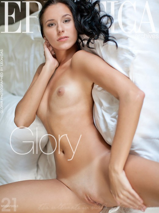 Gloria - `Glory` - by Leonidas for ERROTICA-ARCHIVES