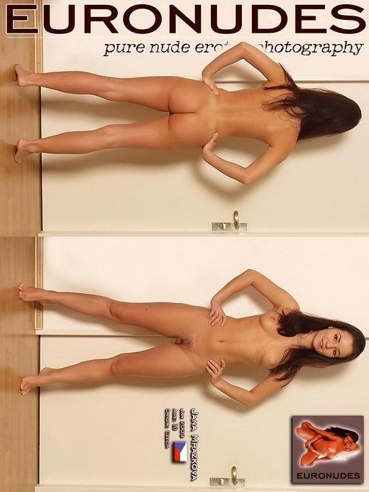 Jana Mrazkova - `Model Page` - for EURONUDES ARCHIVES