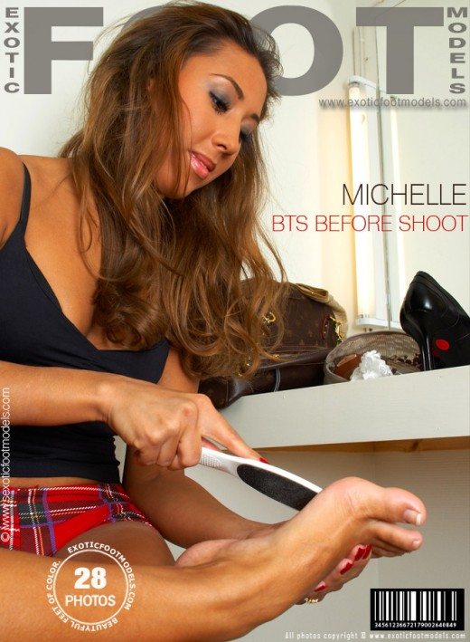 Michelle - `BTS Before Shoot` - for EXOTICFOOTMODELS