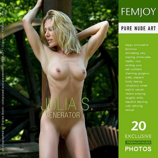Julia S - `Generator` - by Stefan Soell for FEMJOY ARCHIVES