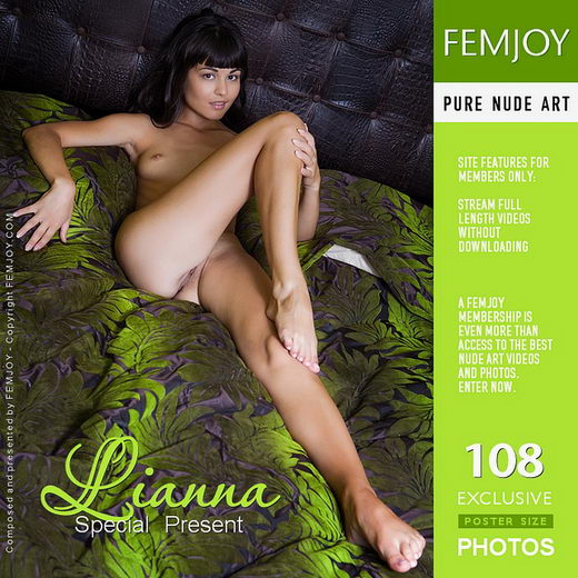 Lianna - `Special Present` - by Ilona for FEMJOY