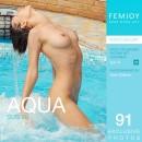Susi R - Aqua