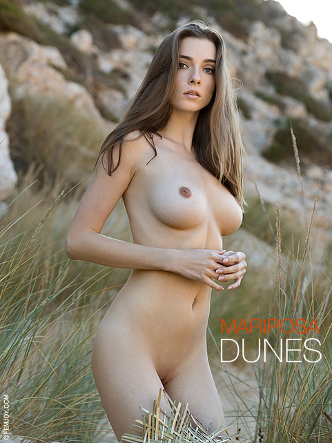 Mariposa in Dunes gallery from FEMJOY by Stefan Soell