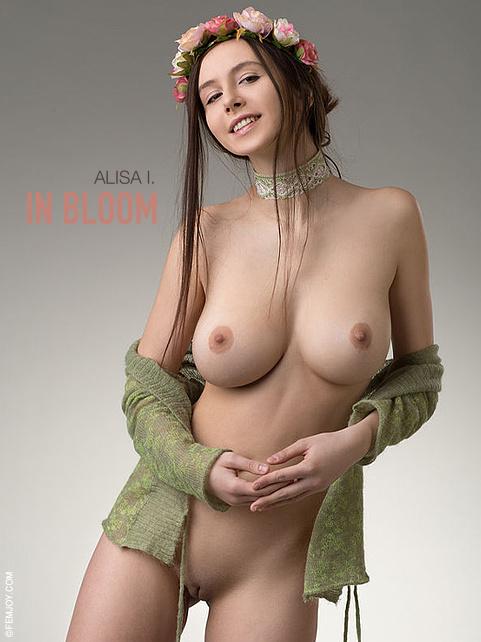 Alisa I in In Bloom gallery from FEMJOY by Stefan Soell