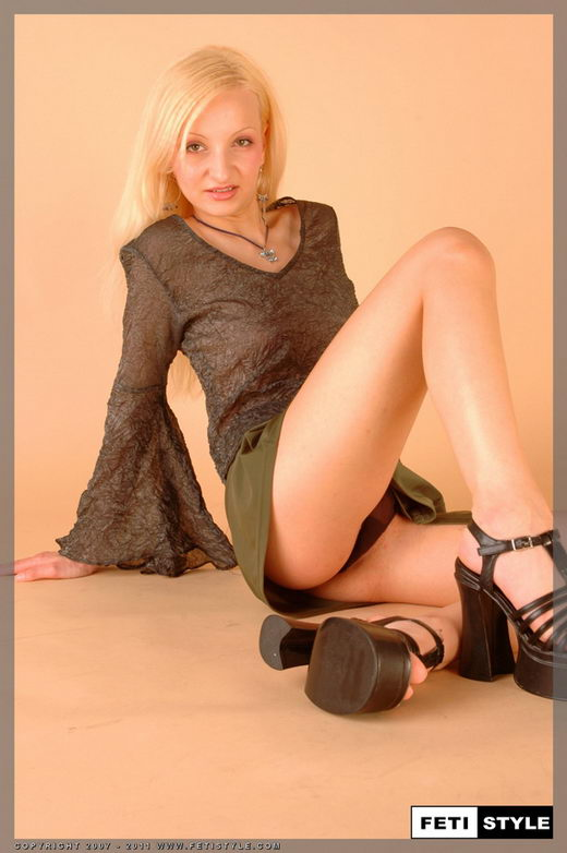 Justyna - for FETISTYLE