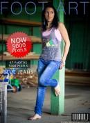 #157 - Blue Jeans