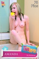 Amanda Play With Me In The Tub Daddy