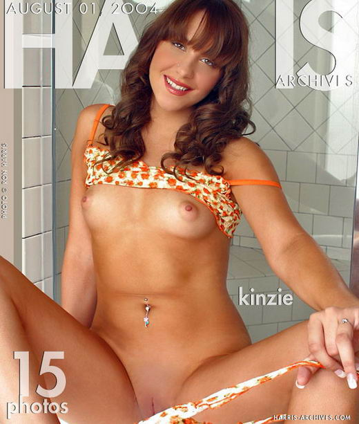 Kinzie - `Tub` - by Ron Harris for HARRIS-ARCHIVES