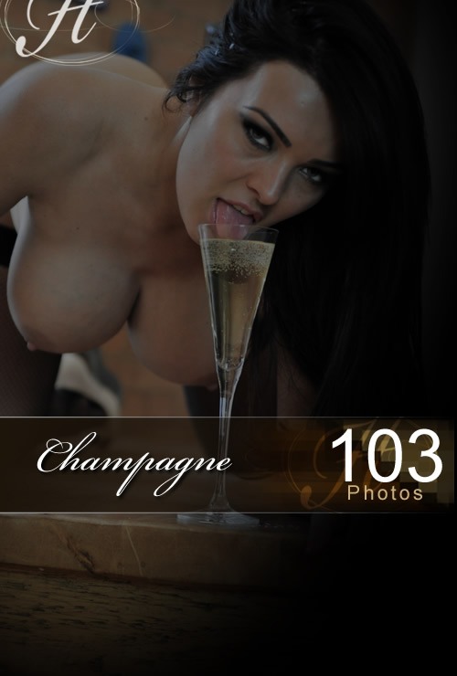 Charley - `Champagne` - for HAYLEYS SECRETS