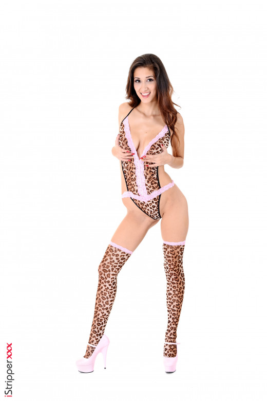 Darcia Lee - `Heavy Petting` - for ISTRIPPER