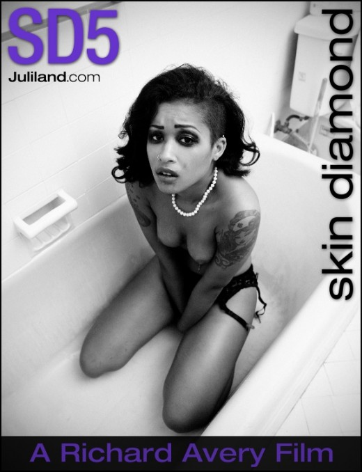Skin Diamond - `SD5` - by Richard Avery for JULILAND