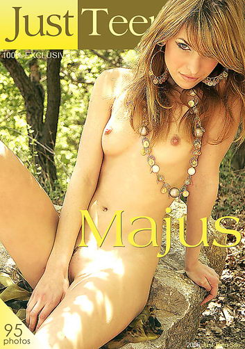 Xeniya - `Majus` - by Davy Moor for JUSTTEENSITE