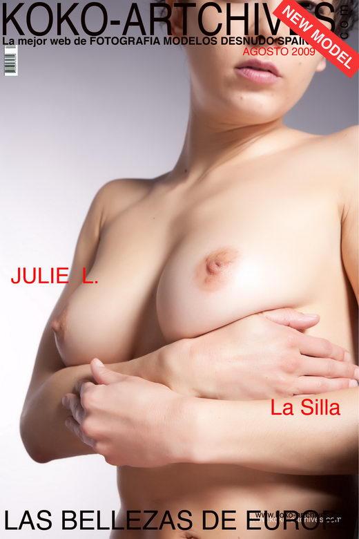 Julie L - `La Silla` - by Kote Cabezudo for KOKO ARCHIVES