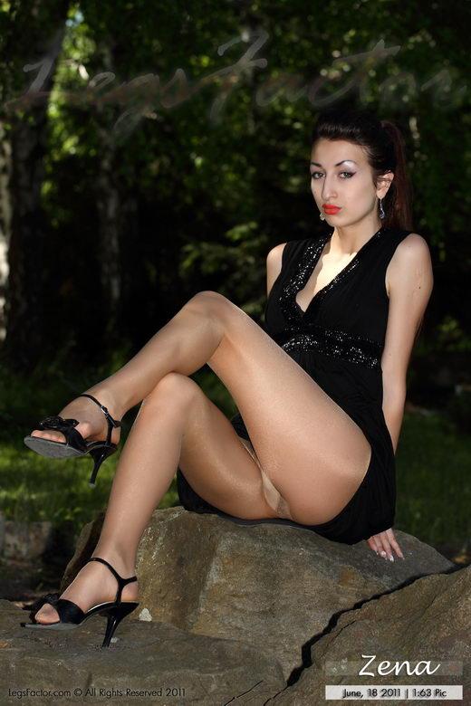 Zena - `In Marylin Nudoshine 20` - for LEGSFACTOR
