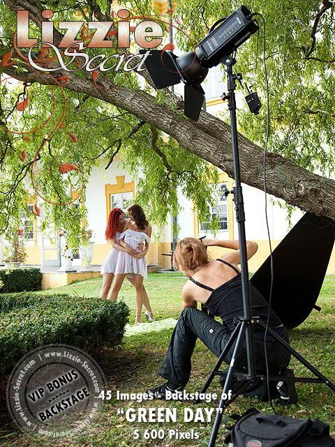 Ariel & Lizzie - `Carriage` - by Gerard Montmirail for LIZZIE-SECRET