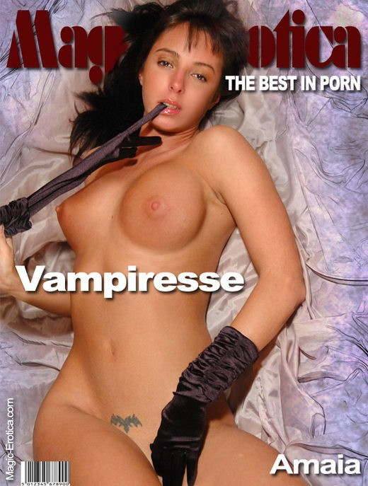 Amaia - `Vampiresse 2` - by Luis Durante for MAGIC-EROTICA
