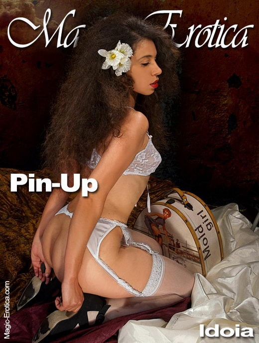 Idoia - `Pin-Up` - by Luis Durante for MAGIC-EROTICA