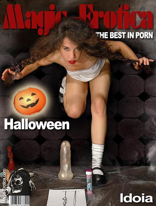 Idoia - `Halloween` - by Luis Durante for MAGIC-EROTICA