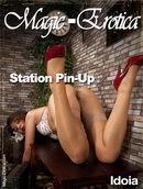 Station Pin-Up